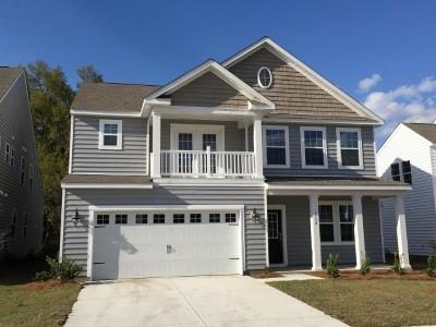 Goose Creek Single Family Home For Sale: 109 Sumac Drive