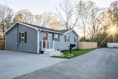 Single Family Home For Sale: 1222 Brody Avenue
