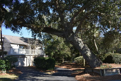 Isle Of Palms Attached For Sale: 13 Back Court