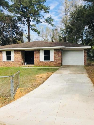 Summerville Single Family Home For Sale: 241 Judith Drive