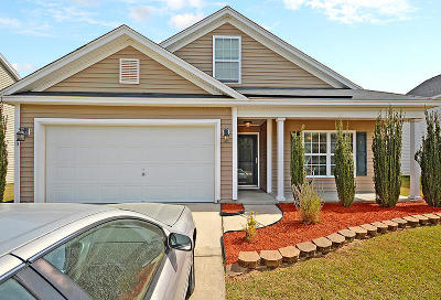 Moncks Corner Single Family Home For Sale: 410 Early Morning Drive