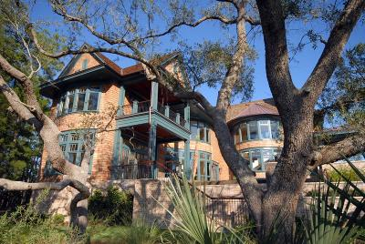 Charleston Single Family Home For Sale: 61 Watroo Point