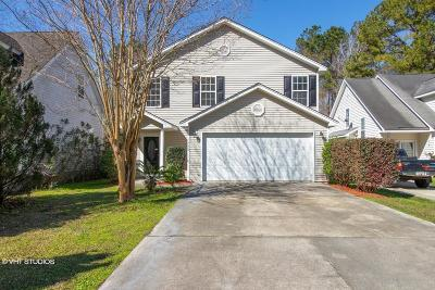 North Charleston Single Family Home For Sale: 7960 Riverbirch Lane