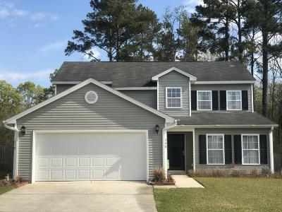 Goose Creek Single Family Home For Sale: 298 Clayburne Drive