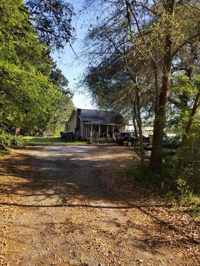 Moncks Corner Single Family Home For Sale: 3428 S Live Oak Drive