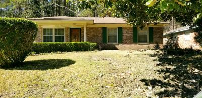 Berkeley County, Charleston County, Dorchester County Single Family Home For Sale: 7637 Crossgate Boulevard