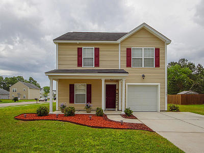 Goose Creek Single Family Home Contingent: 302 Briarbend Road