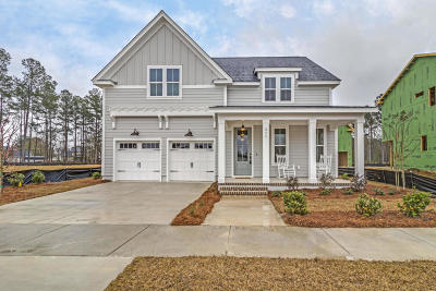 Summerville Single Family Home For Sale: 311 Bright Leaf Loop