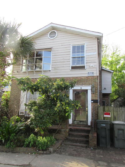 Charleston Single Family Home For Sale: 3 Maverick Street