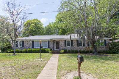 Mount Pleasant Single Family Home For Sale: 1117 Charlotte Lane