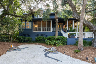Isle Of Palms Single Family Home For Sale: 26 W Beachwood