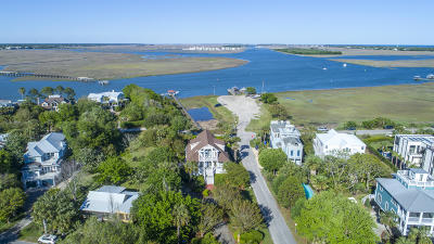 Sullivans Island Single Family Home For Sale: 902 Middle Street