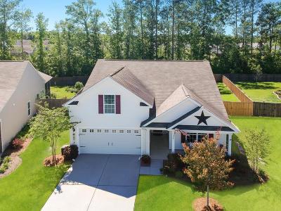 Goose Creek Single Family Home For Sale: 525 Nandina Drive