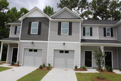 Berkeley County, Charleston County, Colleton County, Dorchester County Attached For Sale: 134 Buchanan Circle