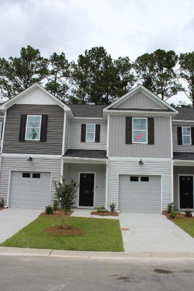 Berkeley County, Charleston County, Colleton County, Dorchester County Attached For Sale: 138 Buchanan Circle
