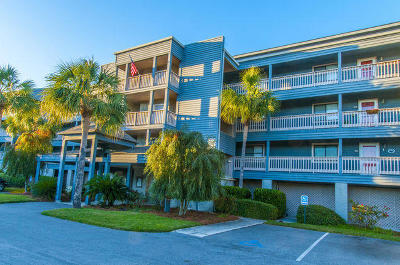 Folly Beach Attached For Sale: 129 Marsh View Villas