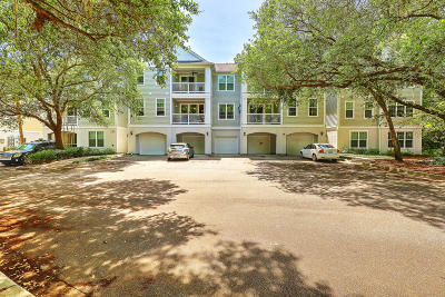 Johns Island Attached Contingent: 60 Fenwick Hall Allee #323