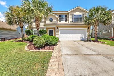 Goose Creek Single Family Home Contingent: 606 Parkwood Drive