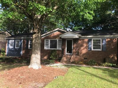 Single Family Home Contingent: 1131 Belvedere Drive