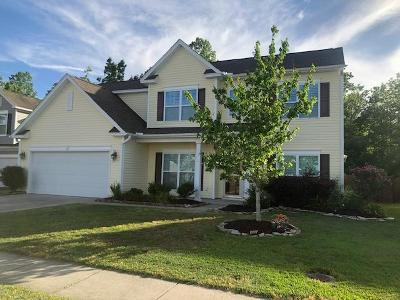 Goose Creek Single Family Home For Sale: 516 Mountain Laurel Circle