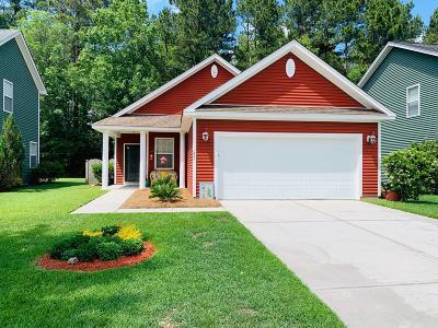 Moncks Corner Single Family Home Contingent: 252 Woodbrook Way