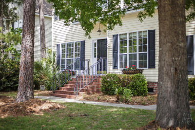 Mount Pleasant Single Family Home Contingent: 2714 Wild Dogwood Way