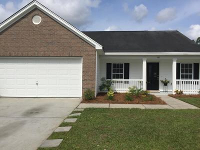 Goose Creek Single Family Home For Sale: 410 Brookfield Lane