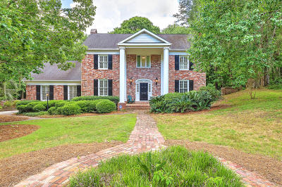 Summerville Single Family Home For Sale: 104 Brandywine Drive