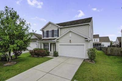 Goose Creek Single Family Home For Sale: 102 Cherry Laurel Lane