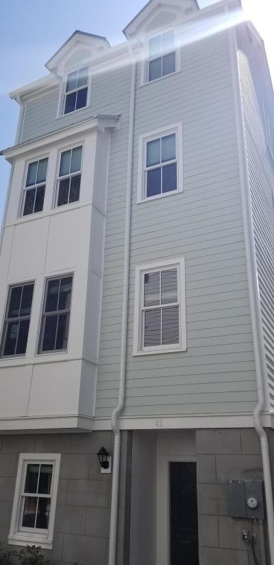 Charleston Single Family Home For Sale: 41 Dereef Court