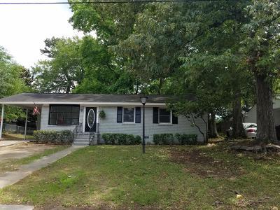 North Charleston Single Family Home For Sale: 4111 Oakridge Drive