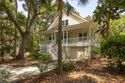Johns Island Single Family Home For Sale: 1014 Crooked Oaks Lane