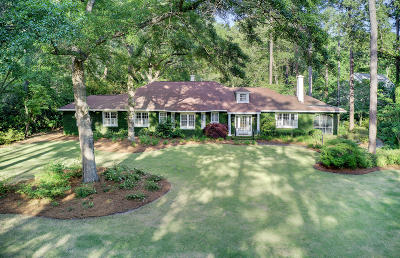 Summerville Single Family Home For Sale: 120 Parkwood Drive