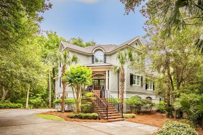Charleston County Single Family Home For Sale: 49 Burroughs Hall
