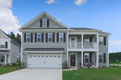 Summerville Single Family Home For Sale: 355 Saxony Loop