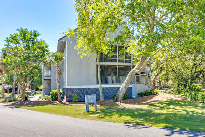Charleston County Attached For Sale: 202 E Mariners Cay
