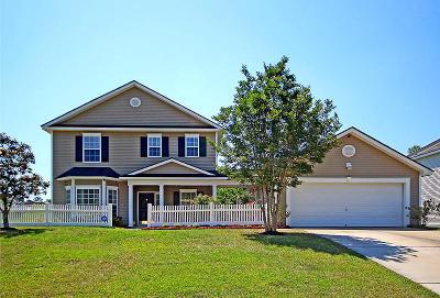 Summerville Single Family Home For Sale: 205 Seneca River Drive