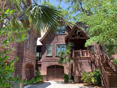 Charleston County Single Family Home For Sale: 11 Club Cottage Lane