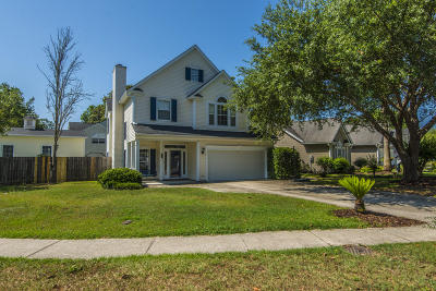 Charleston Single Family Home For Sale: 1961 Treebark Drive