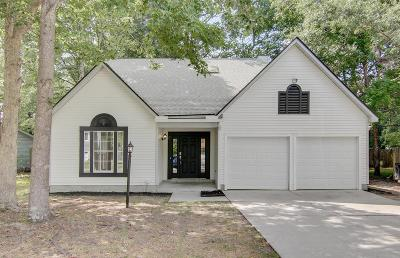 Charleston Single Family Home For Sale: 8442 Scotts Mill Drive