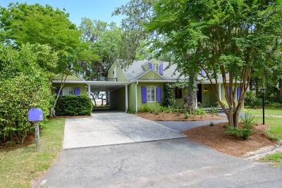 Charleston Single Family Home For Sale: 776 Woodward Road