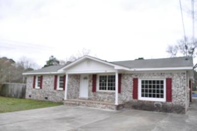 Goose Creek Single Family Home For Sale: 114 Laurel Avenue