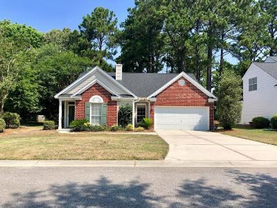 Mount Pleasant Single Family Home For Sale: 220 Mossy Oak Way
