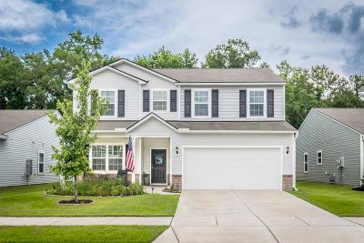 Charleston Single Family Home For Sale: 1776 Grovehurst Drive