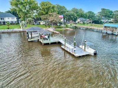 Single Family Home For Sale: 2305 Lazy River Drive