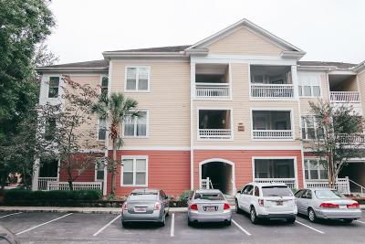 Berkeley County, Charleston County Attached For Sale: 100 Bucksley Lane #305