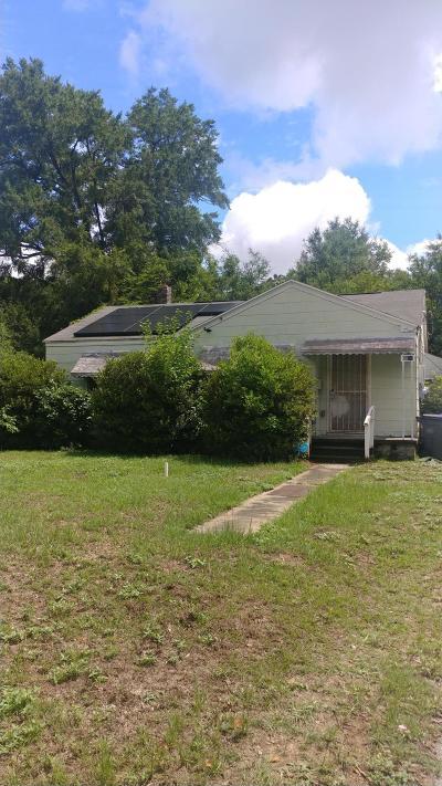 North Charleston Single Family Home Contingent: 5086 Chateau Avenue