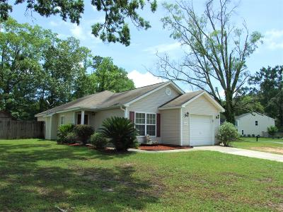 Goose Creek Single Family Home Contingent: 122 Farm Quarters Drive