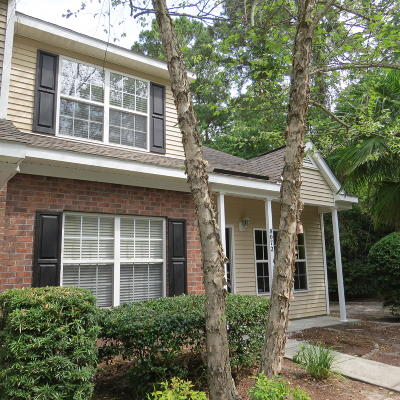 Charleston SC Attached For Sale: $155,000