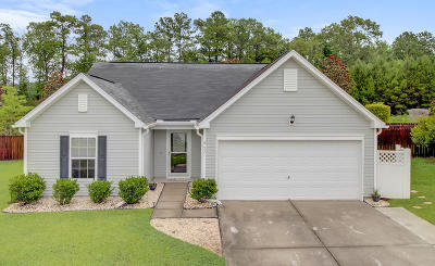 Goose Creek Single Family Home Contingent: 531 Brick Barn Lane
